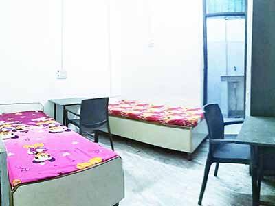 Girls pg in New Ashok nagar with food